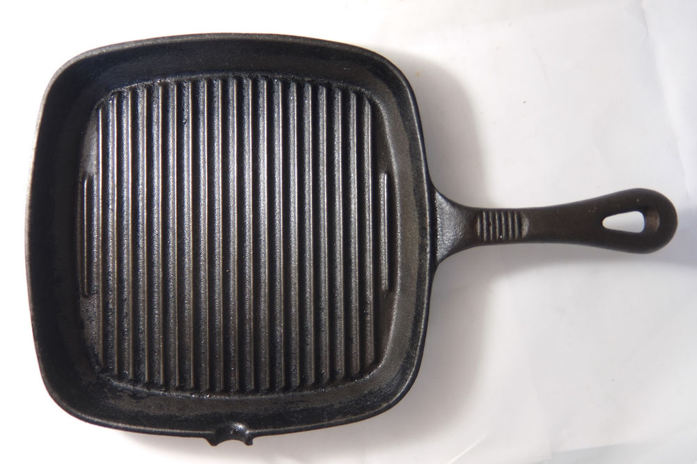 Using Oven Cleaner to Clean a Cast Iron Grill Pan
